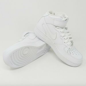 Nike Womens Air Force 1 Mid 07 LE AF1 Sneakers